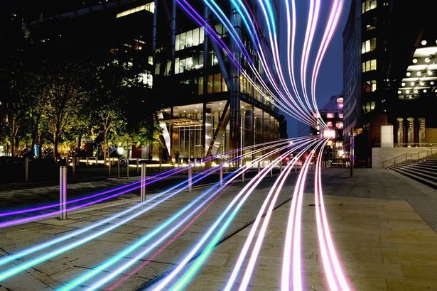 dynamic-fibre-optic-light-trail